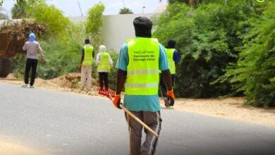 صورة بلدية تفرغ زينه تنظم حملة نظافة شاملة في محيط قصر المؤتمرات
